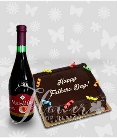 Chocolate Cake and Novellino Passion Strawberry Wine