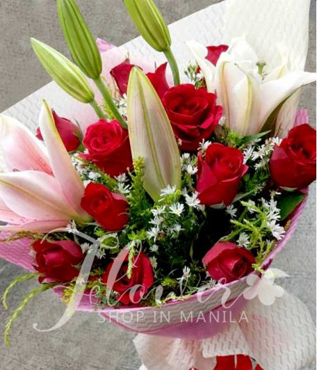 1 Dozen Red Roses with 4 Stargazers